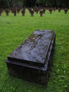 grave-stones-694099_1920